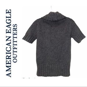 American Eagle Gray Knit Short Sleeve Sweater